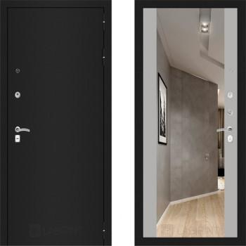 Входная металлическая дверь с зеркалом Labirint Classic шагрень с зеркалом Макси Софт Грей