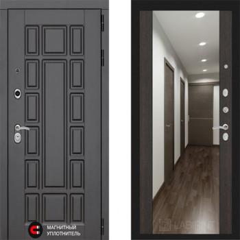 Входная металлическая дверь с зеркалом Labirint New York с зеркалом Макси Венге