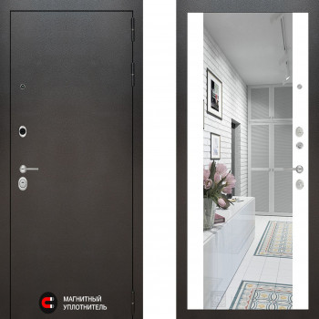 Входная металлическая дверь с зеркалом Labirint Silver с зеркалом Макси Белый Софт