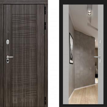 Входная металлическая дверь с зеркалом Labirint Scandi с зеркалом Макси Софт Грей