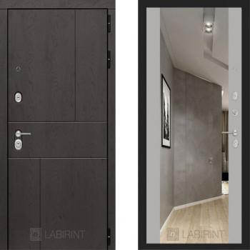 Входная металлическая дверь с зеркалом Labirint Urban с зеркалом Макси Софт Грей