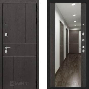 Входная металлическая дверь с зеркалом Labirint Urban с зеркалом Макси Венге