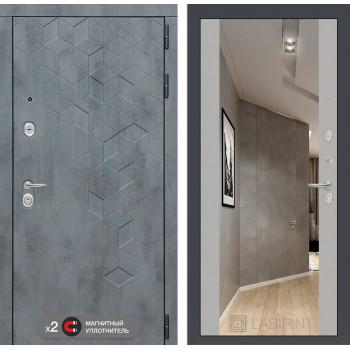 Входная дверь labirint Бетон с зеркалом Максимум (цвет Софт Грей)