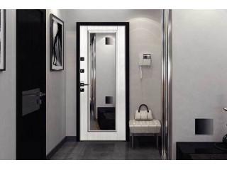 Как выбрать входную дверь с зеркалом